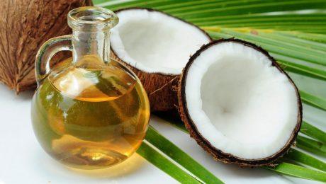 Aceite de coco que se puede juntar con cannabidiol